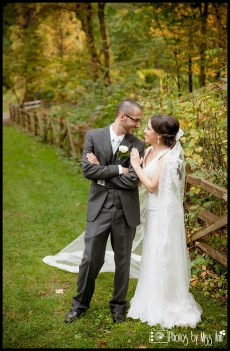 Fall Wedding Photos Manor House Wildwood Metro Park Wedding Photographer Photos by Miss Ann