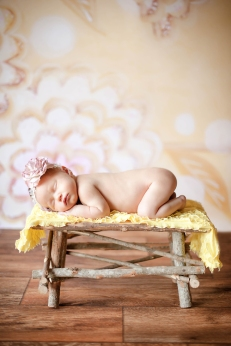 Iceland Newborn Photographer-Photos by Miss Ann-Reykjavik Portrait Photographer