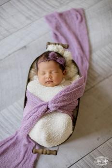 Newborn Portrait Photographer in Reykjavik Iceland - Photos by Miss Ann
