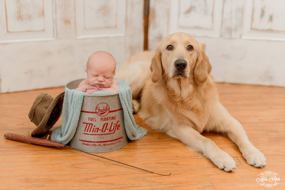 Newborn and Dog Baby Photography Session - Photos by Miss Ann - Iceland Portrait Photographer